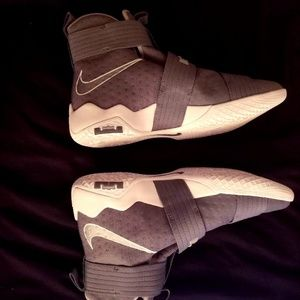 Lebron Soldier 10 Grey and White Basketball Shoes